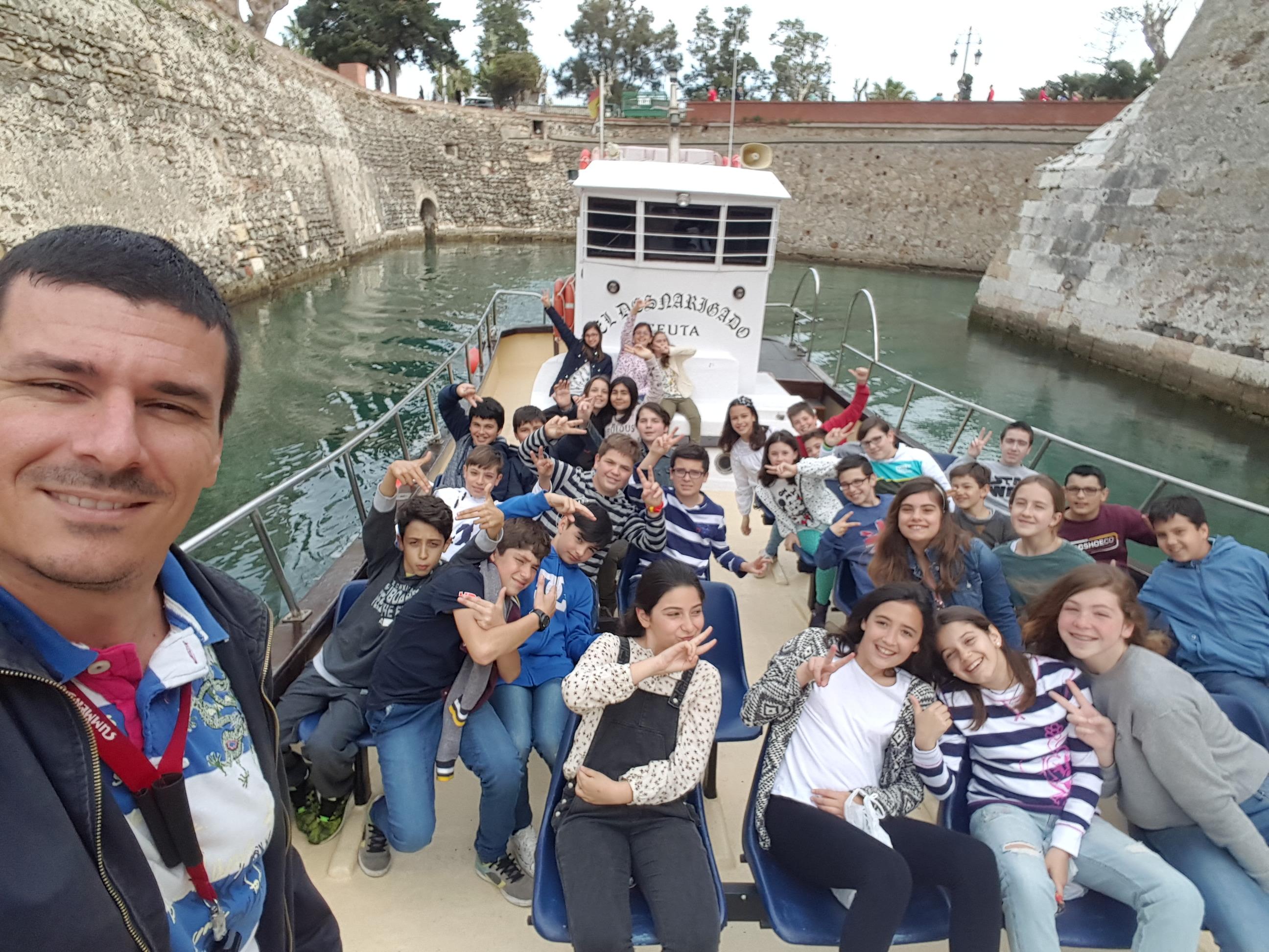 Vuelta en barco a Ceuta