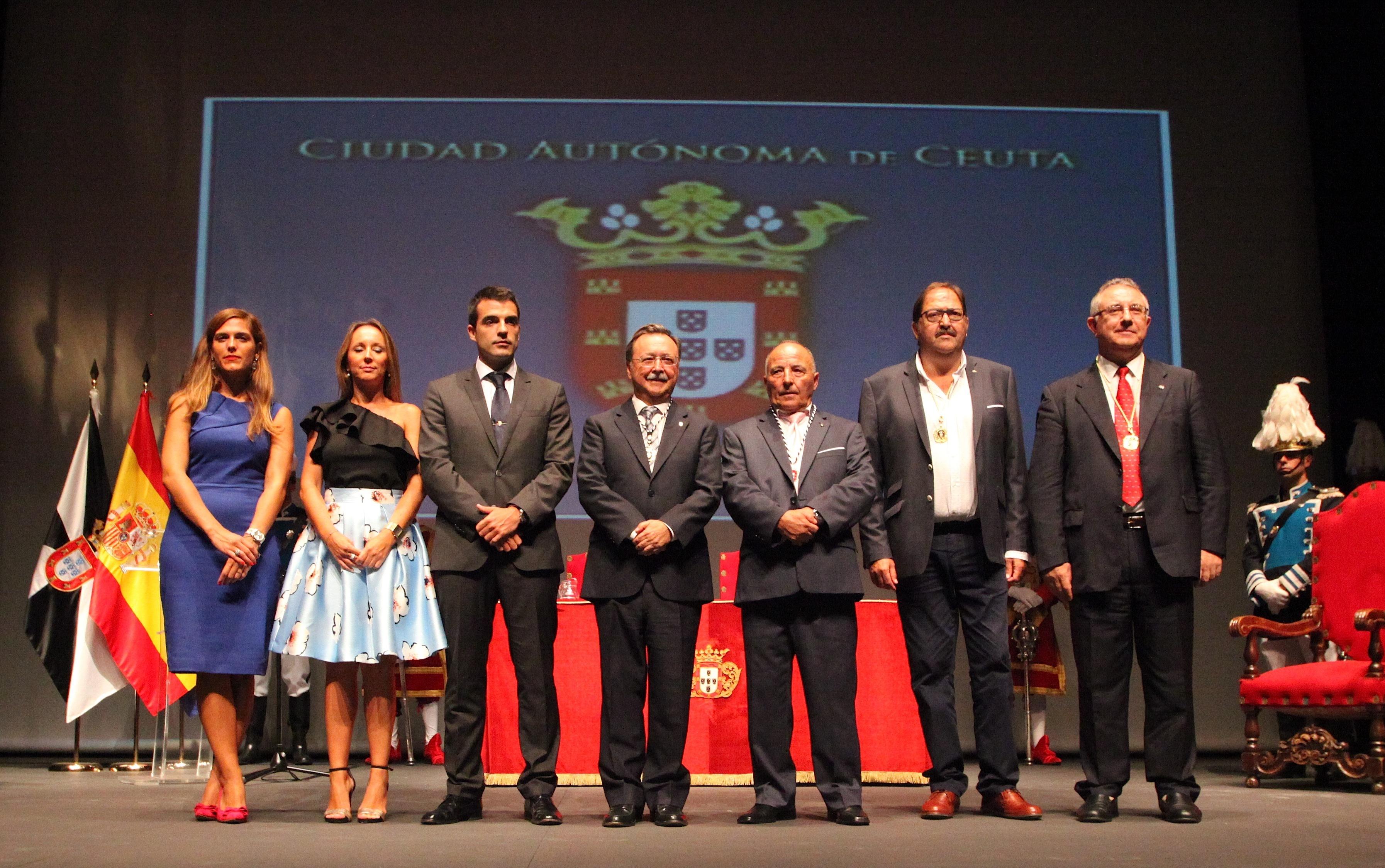 Entrega de la Medalla de la Autonomía al CSA Ceuta por su Centenario