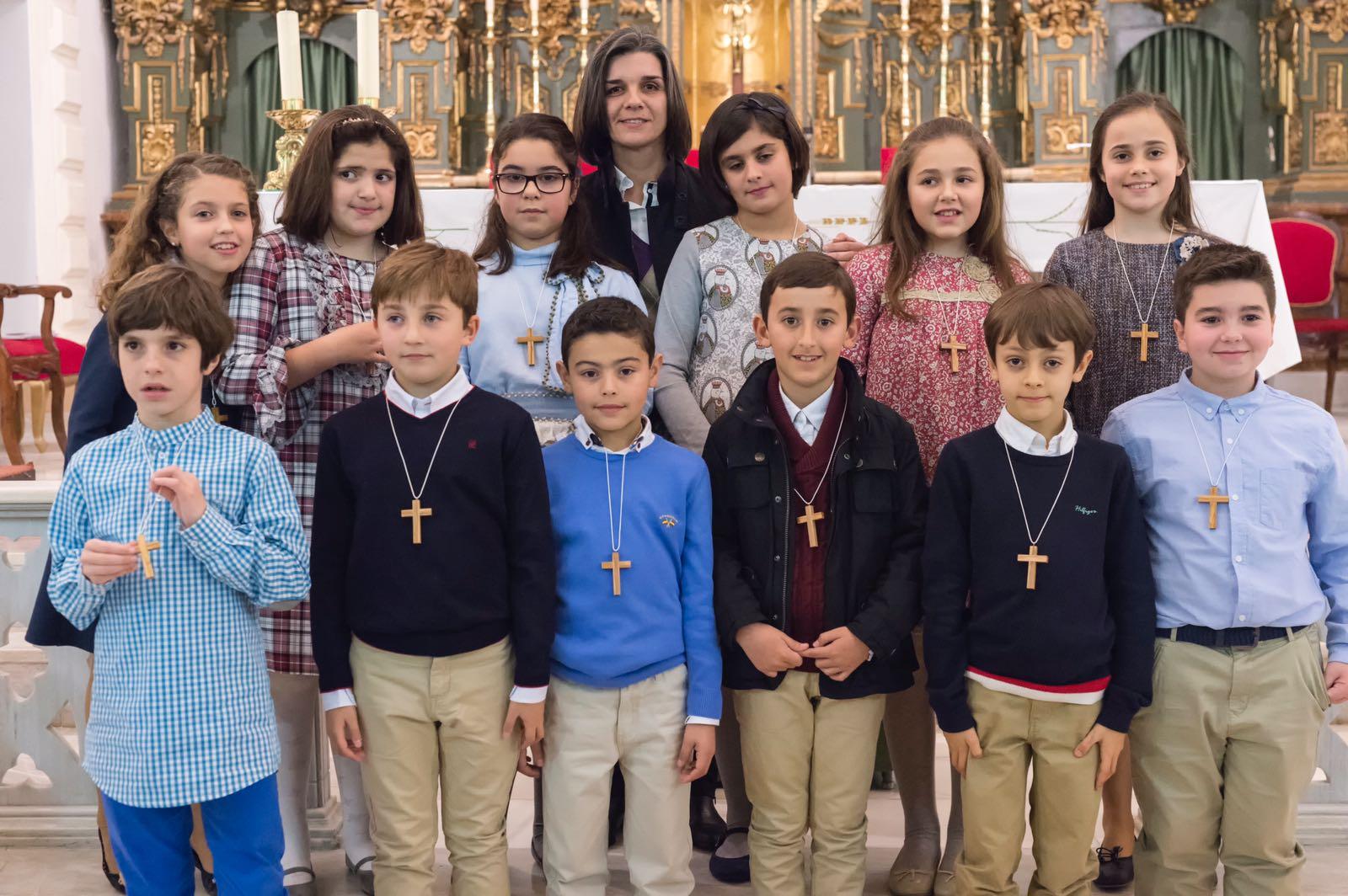 Renovación de Bautismo e imposición de Cruces.